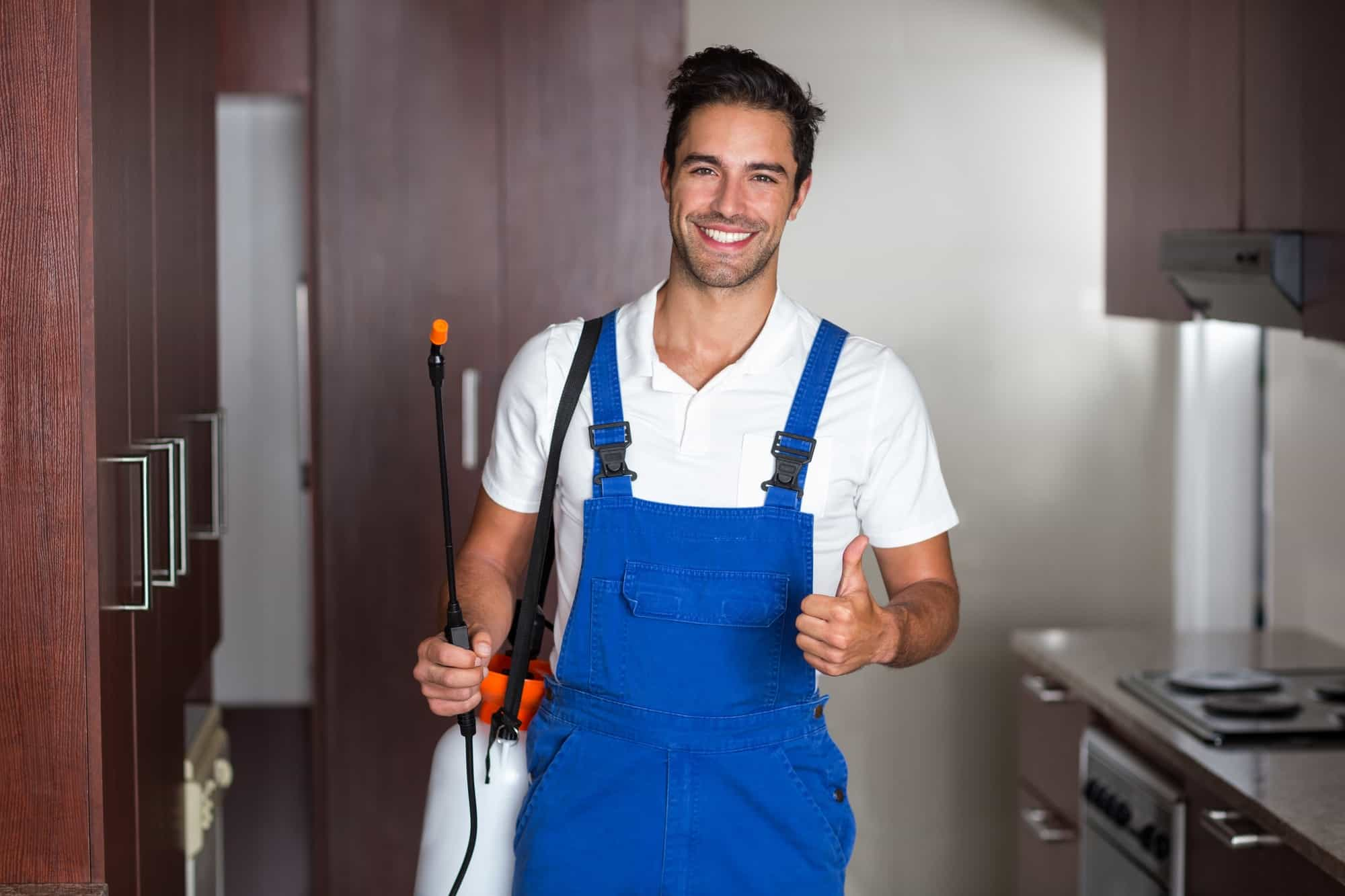 employee with pest control van